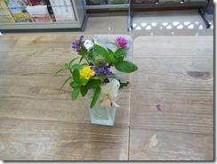 7月28日食卓の花伊藤さん 004